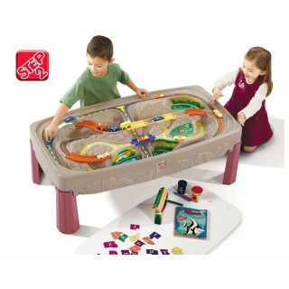 Žaidimų stalas su automobilių ir traukinių trasa | Step2 7547