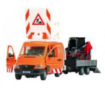 Sunkvežimis su Bobcat krautuvu | Dickie